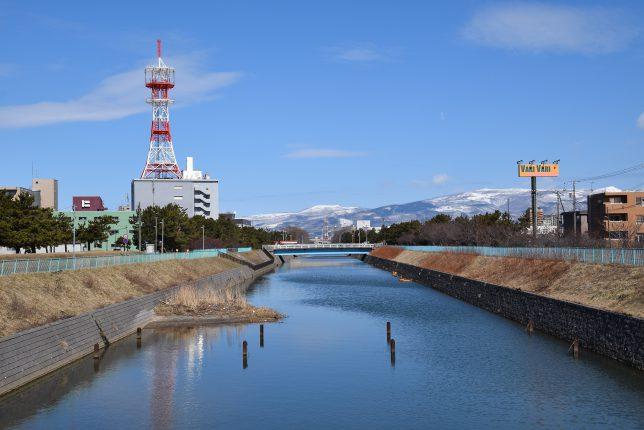 大森橋から見る亀田川下流
